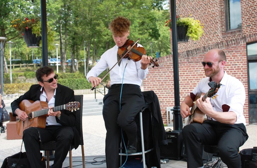 groupe jazz manouche violoniste